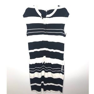 Gap black and white stripe dropwaist dress Size M